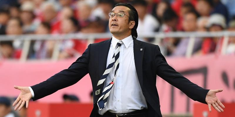 浦和の大槻毅監督、最終戦で締め...
