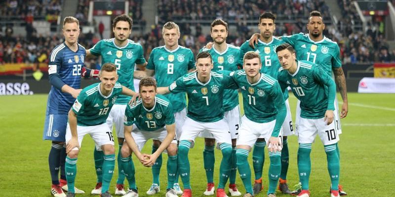 ドイツ代表、W杯に向けた27人の...