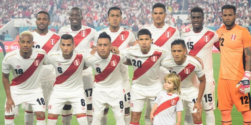 ペルー代表、W杯に向けた24人の...